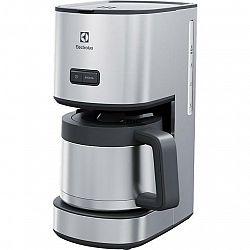Kávovar Electrolux Create 4 E4CM1-6ST... Terma nerez konvice o objemu 1,5 l, ukazatel vodního sloupce.